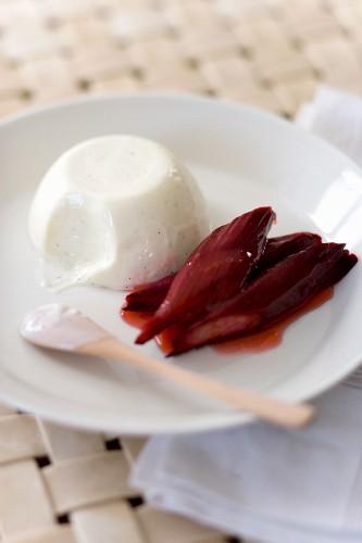 Yogurt panna cotta with baked rhubarb