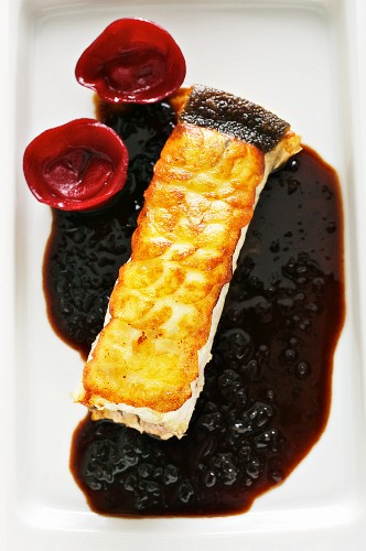Crispy turbot with an apple and balsamic sauce