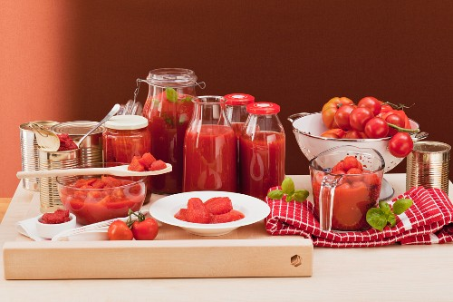 Tinned tomatoes, tomato passata and fresh tomatoes