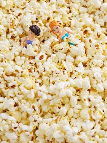 Dolls in popcorn