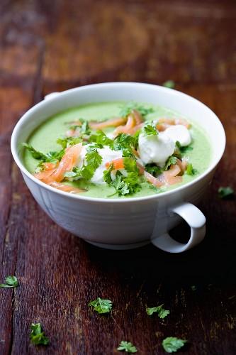 Mange tout soup with salmon