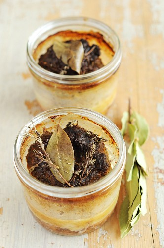 Goose liver pies served in glasses