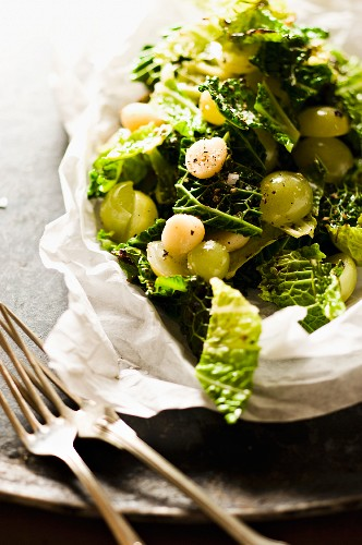 Fried Savoy cabbage with grapes
