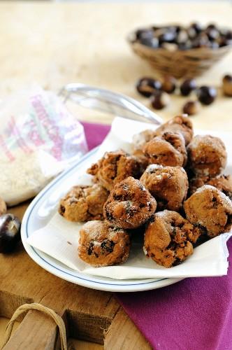 Deep-fried cakes made with chestnut flour and raisins