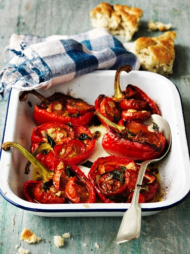 Peperone al forno (baked red peppers, Italy)
