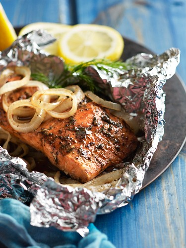 Alaskan Salmon Grilled with Onions in a Foil Packet