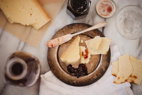 Pecorino Grand Cru and Chianti Wine Jelly