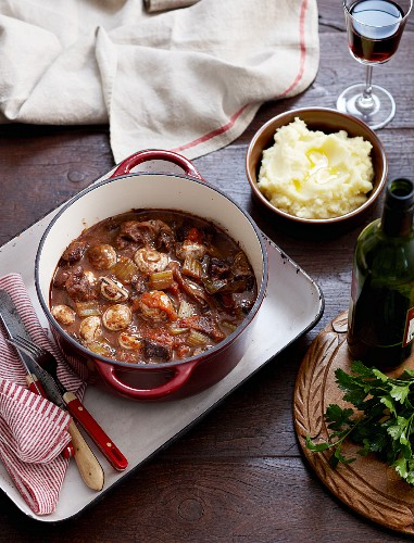 Beef braised in red wine with mashed potatoes