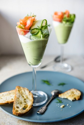 Avocado mousse with smoked salmon and cucumber