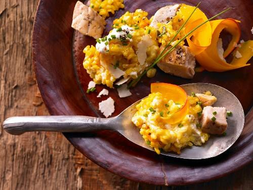 Risotto with pumpkin, chicken and saffron