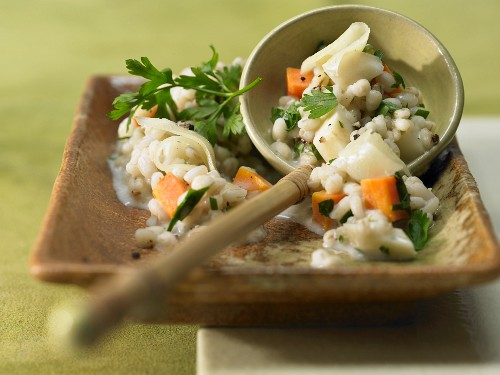 Pearl barley risotto with green soup, mountain cheese and parsley
