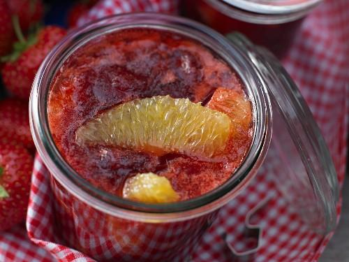 Orange and strawberry jam with orange liqueur