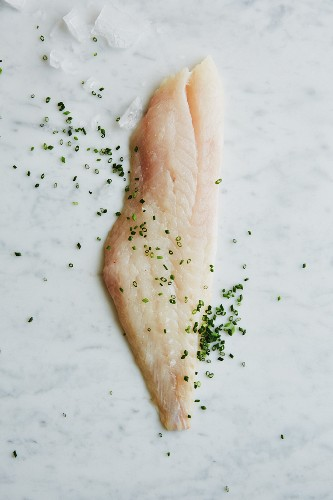 Redfish fillet with chopped chives
