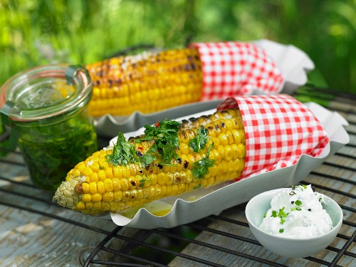Grilled corn with coriander and truffle butter