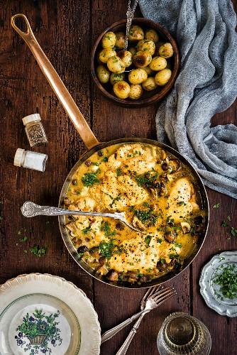 Marsala and mushroom chicken with potatoes