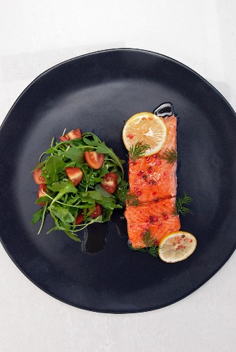 Salmon poached in olive oil, Salmon confit