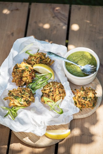 Courgette pakoras with green chutney