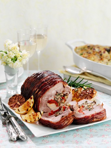 Slow roasted stuffed pork belly (Easter)