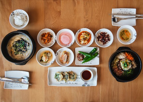 Various Korean dishes