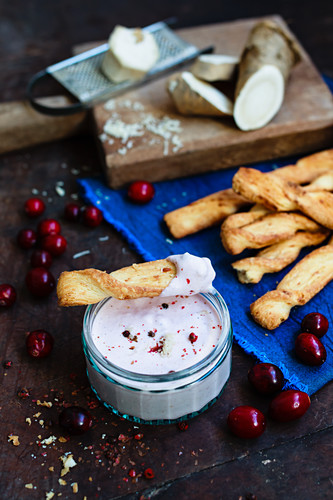 Cranberry and horseradish dip with puff pastry sticks