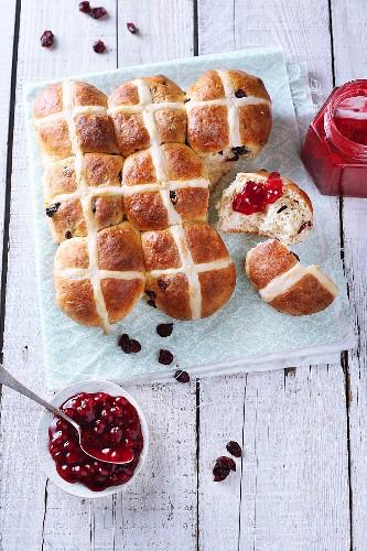 Hot cross buns (Easter buns, England) with jam