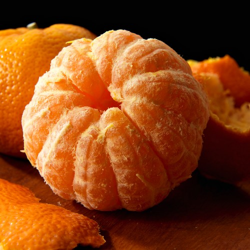 Whole peeled seedless tangerine