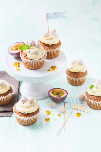 Carrot cupcakes with fresh passion fruit cream cheese