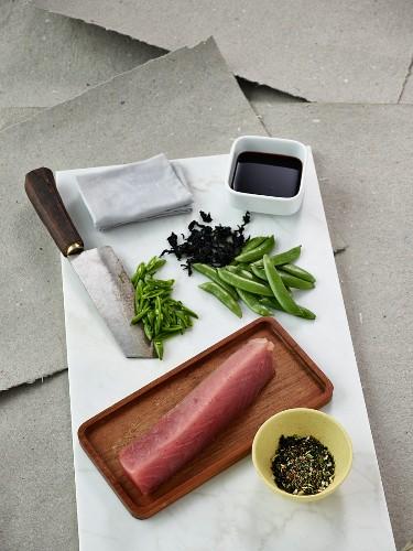 Raw tuna, sugar snap peas, soya sauce and spices