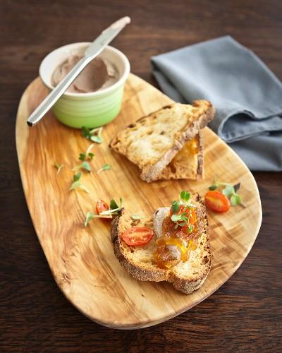 Chicken liver cream with toasted ciabatta bread