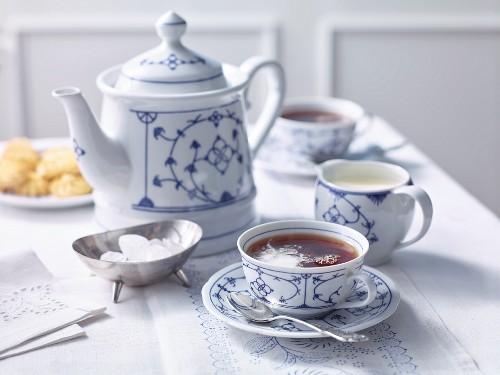 A tea setting with East Frisian tea