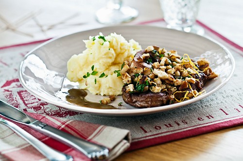 Osso bucco with mashed potato