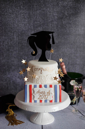 A graduation cake with cinnamon and greengages