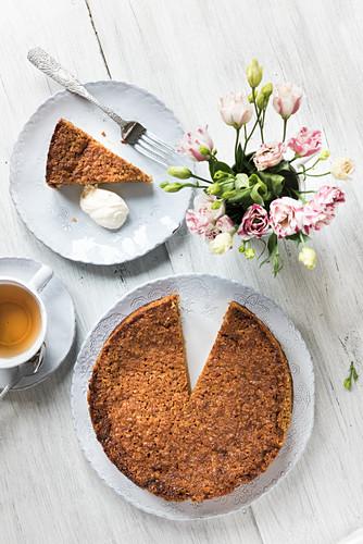 Coconut crumb cake from Scandinavia