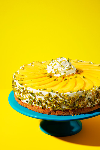 Mango cake (trend from the 1980s)