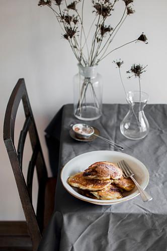Racuchy - Yeast apple pancakes with cinnamon (Poland)