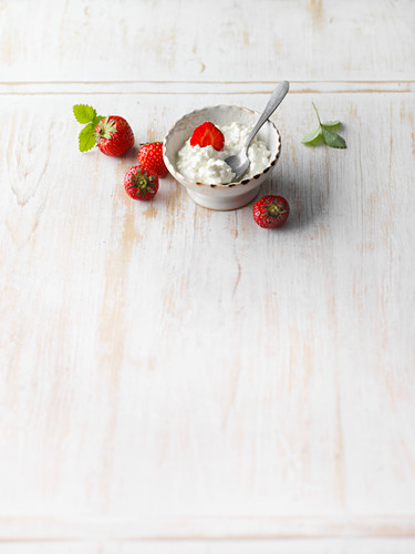 Fresh strawberries and cottage cheese