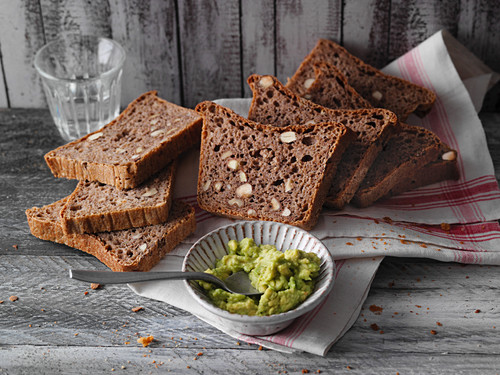 Nut bread with avocado mousse