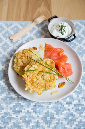 Celery and kohlrabi patties with smoked salmon