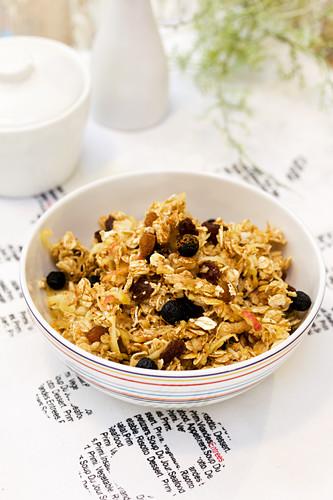 Breakfast porridge with aronia