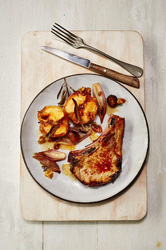 Pork chop with roast apples