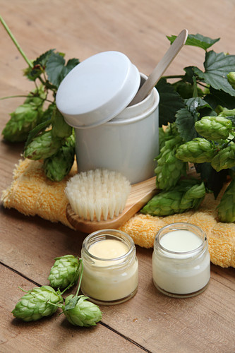Hops cream (nourishes the skin, especially in winter)