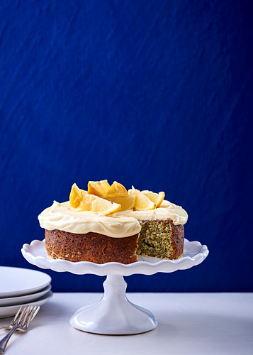 Poppy seed cake with lemon curd and cream cheese