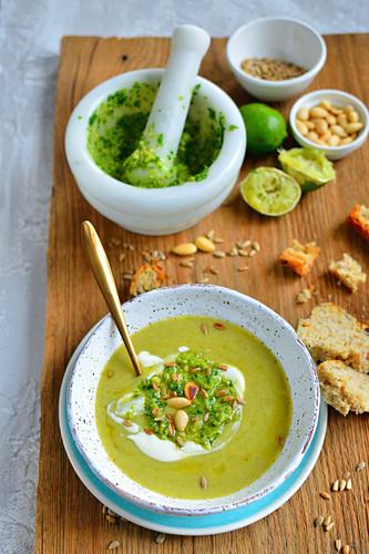 Cream of broccoli soup, with pesto