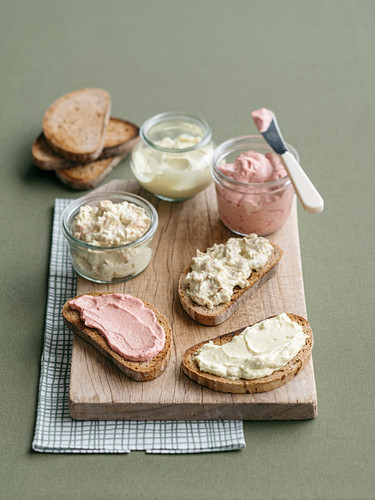 Homemade mayonnaise and variants with beetroot or tuna