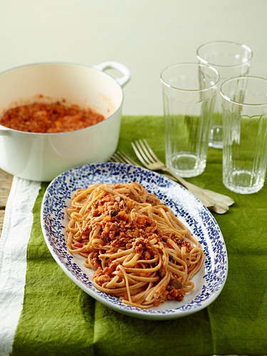 Linguine Pasta with Soybean Ragout and Shiitake