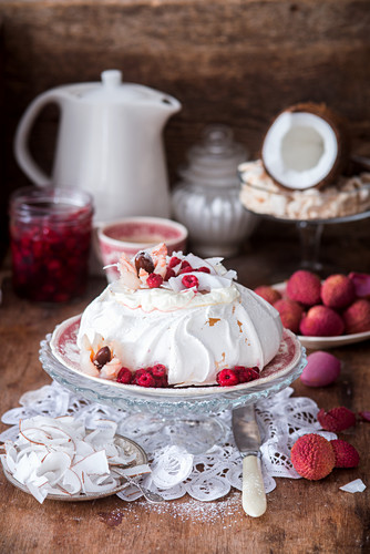 Pavlova with coconut, raspberry and lychee