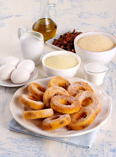 Doughnuts with semolina and raisins