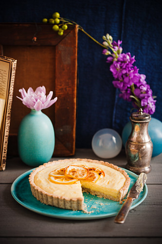 Almond tart with lemon cream, sliced