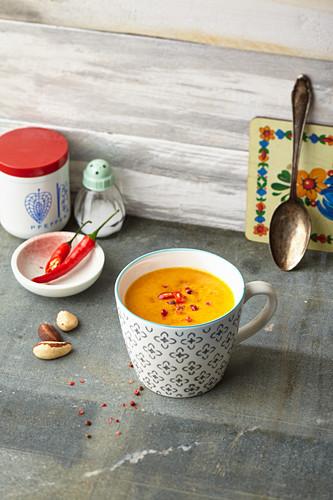 Hokkaido Kick cup of soup: pumpkin, chilli and Brazil nut