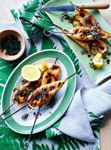 Grilled calamari skewers with seaweed